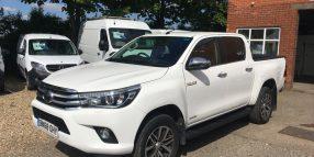 Toyota Hilux HL2 Invincible 4×4 Double Cab