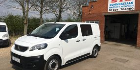 '18' Peugeot Expert Compact Crew-van